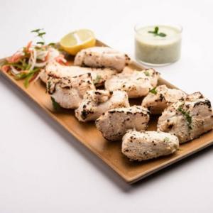 Garlic Murgh Tikka (4 pieces)